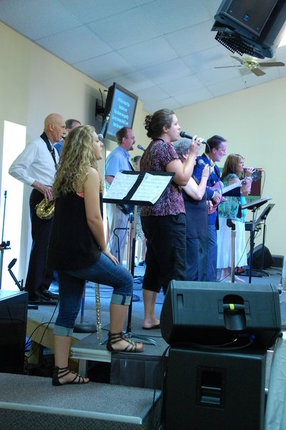 Manchester Creek Community Church