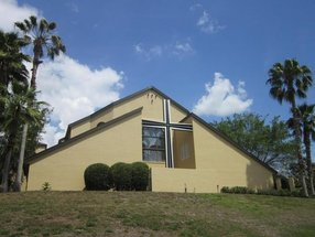 Holy Cross Lutheran Church in Lake Mary,FL 32746