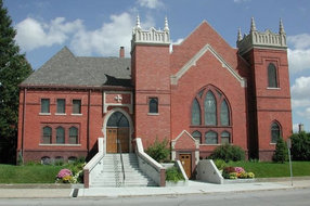 Ames United Church of Christ in Ames,IA 50010