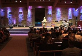 Parkway Church in Oak Creek,WI 53154