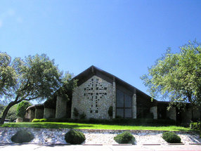 The Lakeway Church