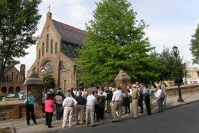 St. John's Church, Getty Square