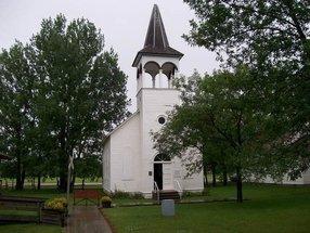 Alma Free Lutheran in Argyle,MN 56713