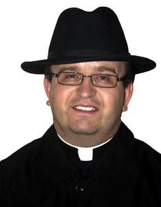 Rev. Darek Barna