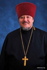 Archpriest David Straut