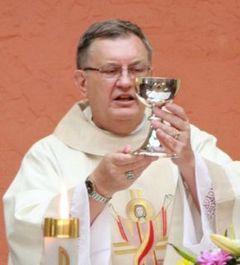 Padre Dave Poedel